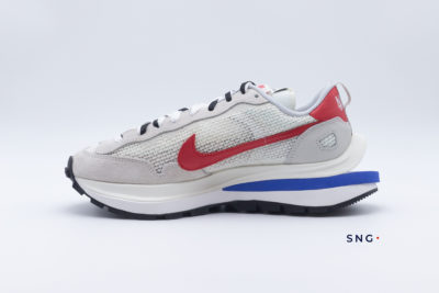Nike x Sacai Vaporwaffle Fuchsia